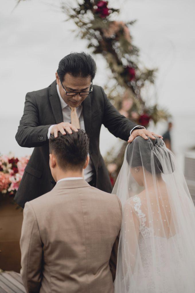 Erika & Darmawan Wedding Ceremony by ATIPATTRA - 014