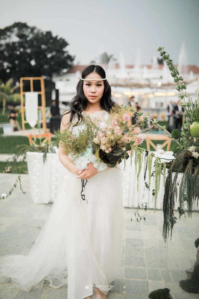 The wedding of Hayomi & Rizal by Amorphoto - 015