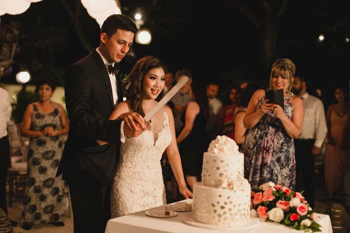 Denis & Lauren Wedding at The Seminyak by Ixora Cakes - 002