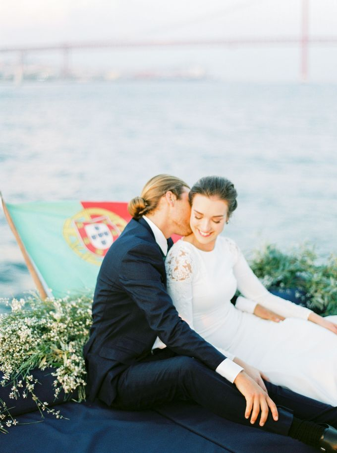 Lisbon Destination Wedding in a Palace and Yatch by Sublime Luxury Weddings - 032