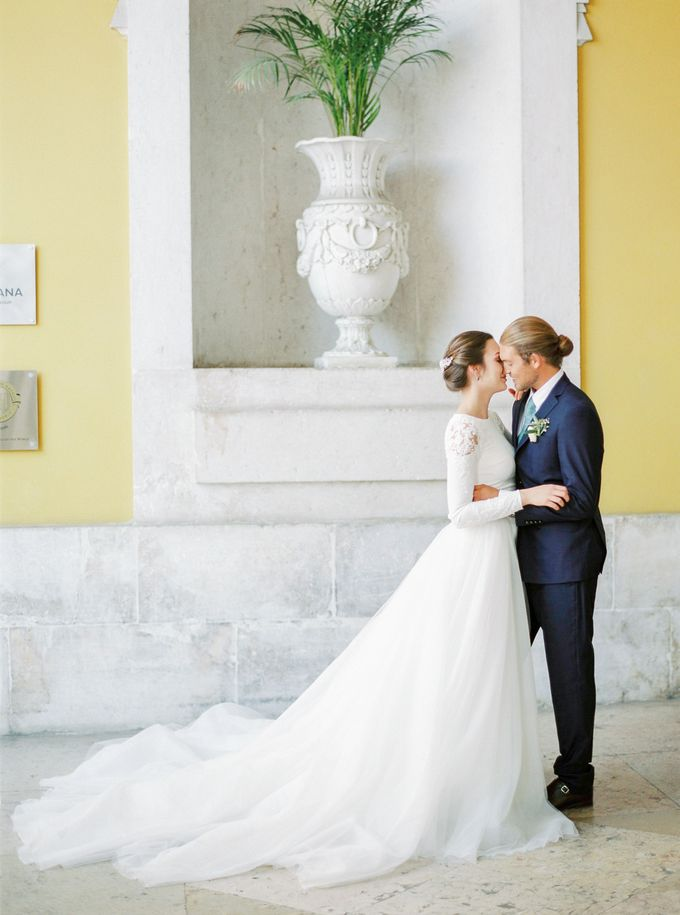 Lisbon Destination Wedding in a Palace and Yatch by Sublime Luxury Weddings - 025