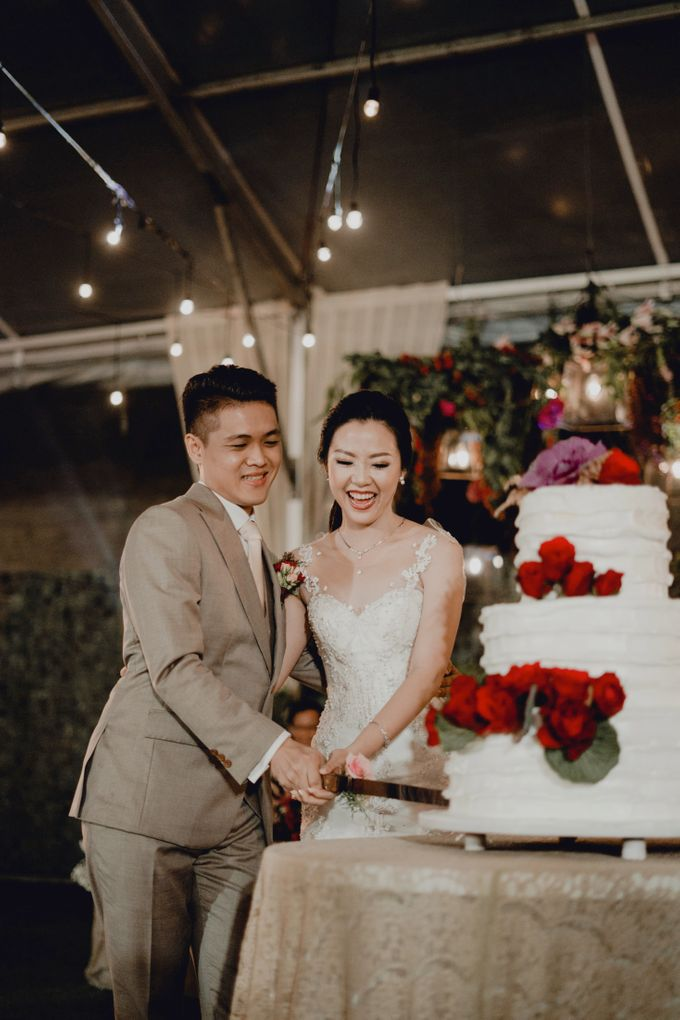 Erika & Darmawan Wedding Ceremony by ATIPATTRA - 039