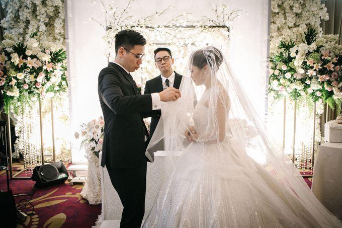 Holy Matrimony of Ezra & Eva by Soko Wiyanto - 006