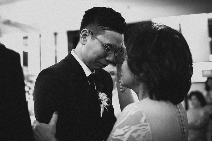Holy Matrimony of Ezra & Eva by Soko Wiyanto - 015