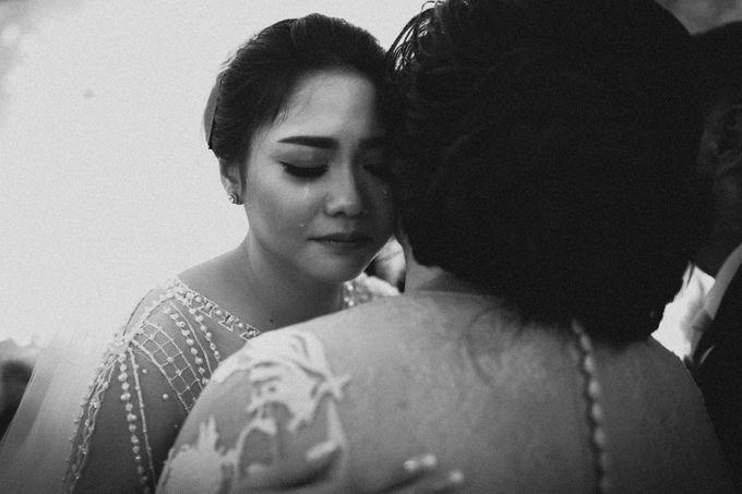 Holy Matrimony of Ezra & Eva by Soko Wiyanto - 016