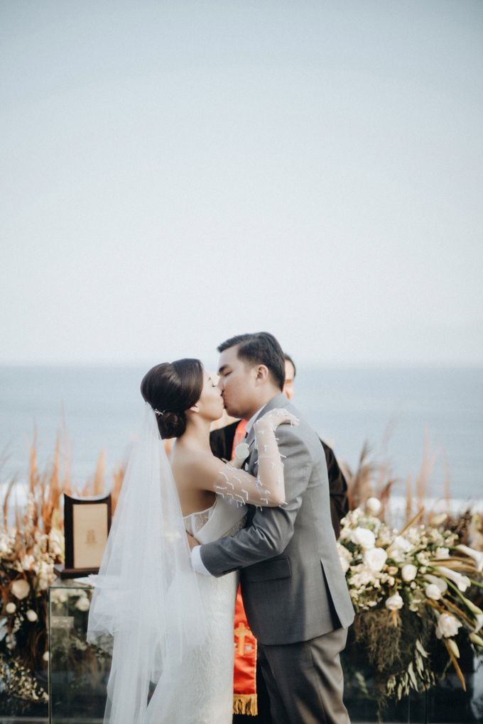 The Wedding of Glenys & Erick by Bali Eve Wedding & Event Planner - 025