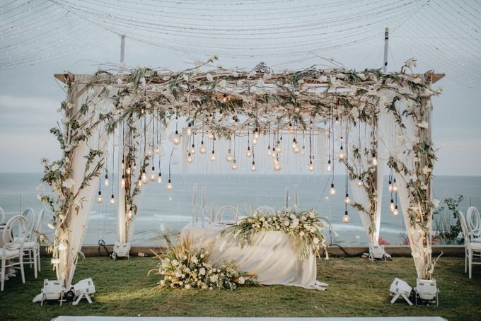 The Wedding of Glenys & Erick by Bali Eve Wedding & Event Planner - 038