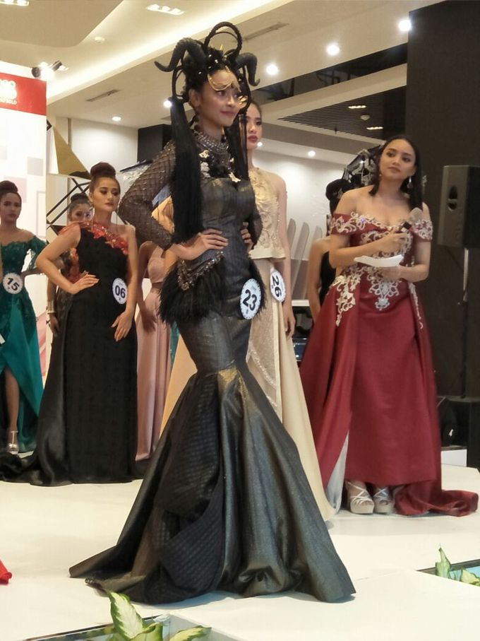 Gown for El John Modeling Competion by Esselia_Atelier - 002