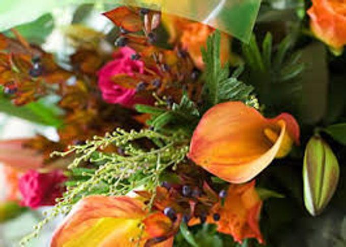 Bouquets, Corsages & Boutonnieres by Dorcas Floral - 016