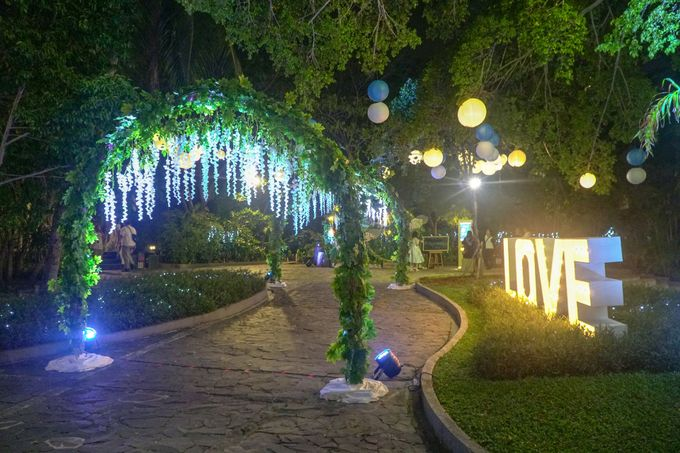 Wedding Day of Eka & Devi by D'banquet Pantai Mutiara - 010