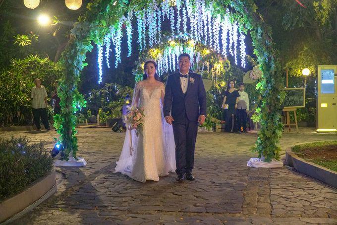Wedding Day of Eka & Devi by D'banquet Pantai Mutiara - 004