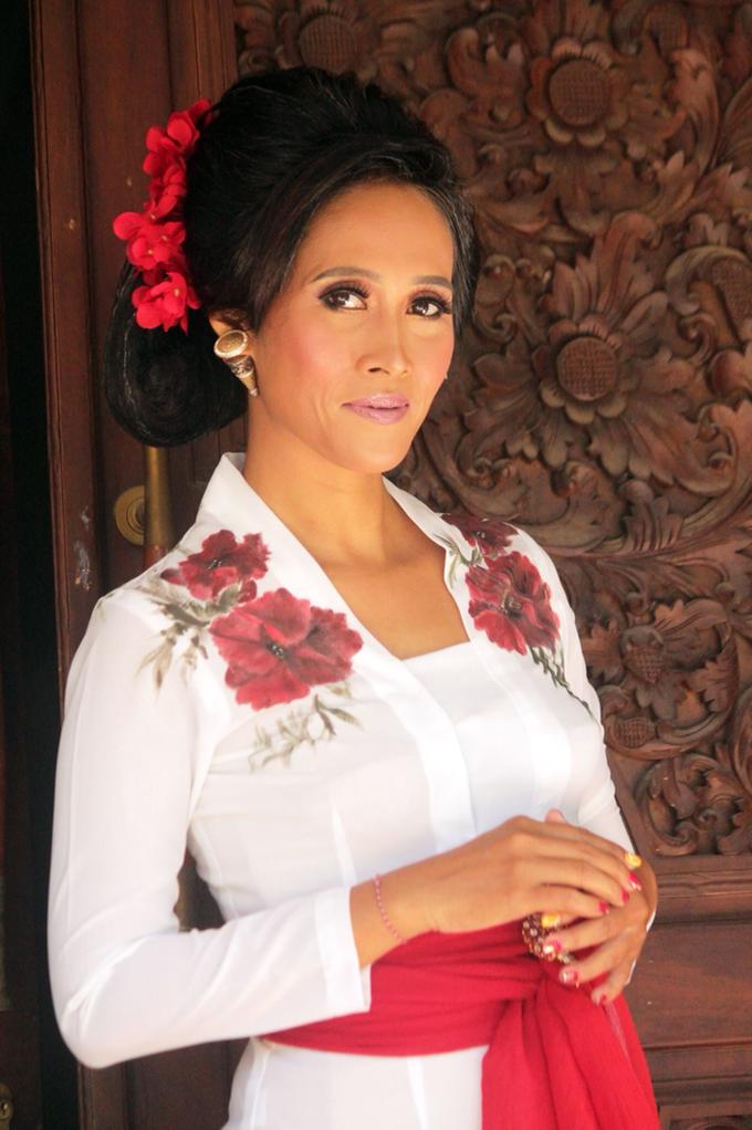 The Beauty of Balinese  by ekaraditya4makeup - 002