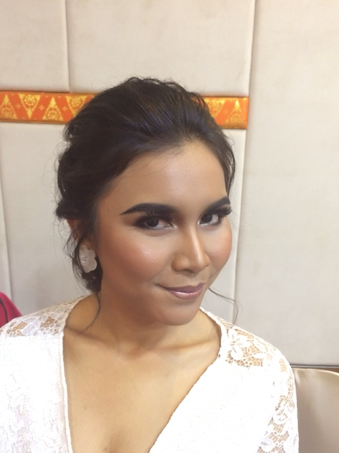 Flawless Bridal Makeup by ekaraditya4makeup - 003