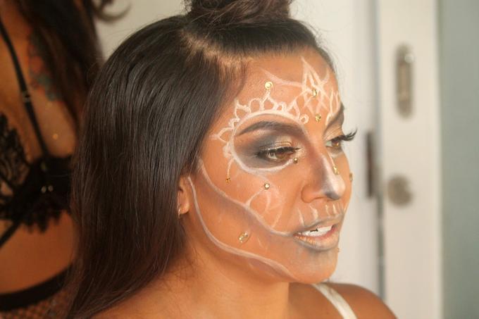 Halloween Party Makeup Look by ekaraditya4makeup - 002