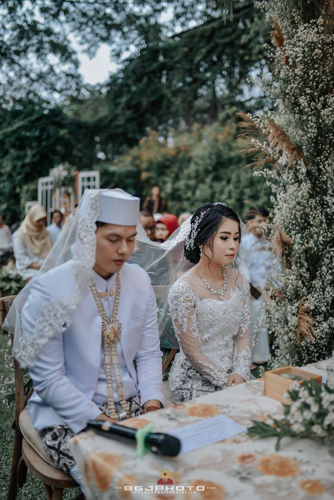The Wedding of Ozie & Melati by MarisaFe Bridal - 014
