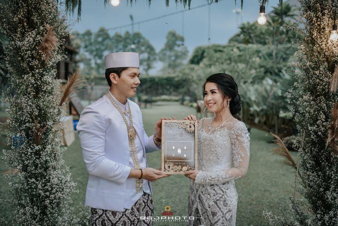 The Wedding of Ozie & Melati by MarisaFe Bridal - 010