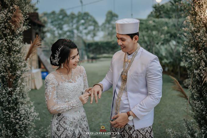 The Wedding of Ozie & Melati by MarisaFe Bridal - 005