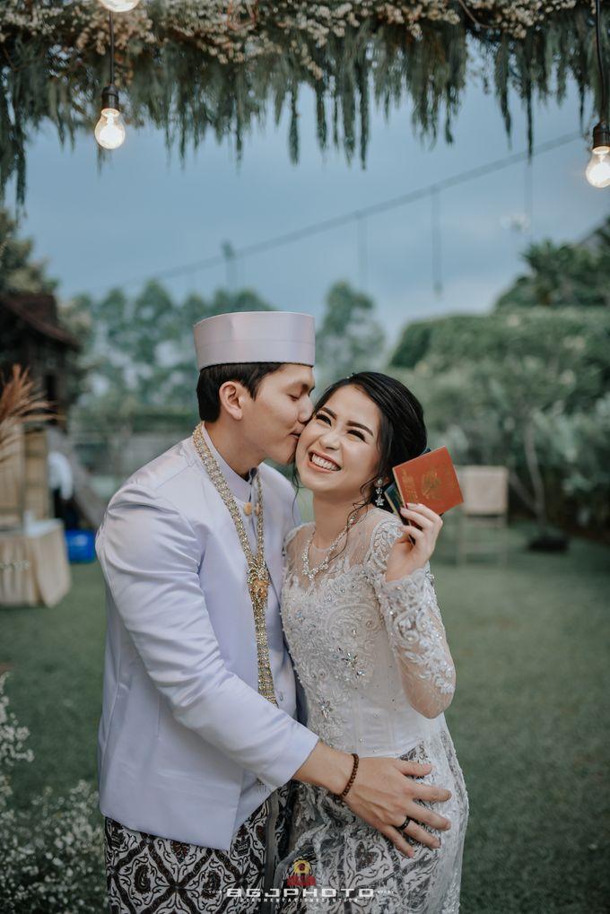 The Wedding of Ozie & Melati by MarisaFe Bridal - 020