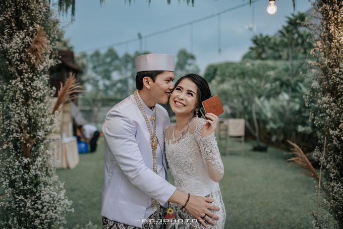 The Wedding of Ozie & Melati by MarisaFe Bridal - 003