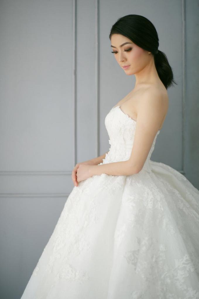 2a4c197c2af62 Add To Board Wedding Gown by Elina Wang Bridal - 001
