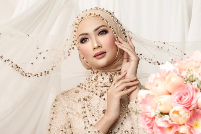 Bold makeup by ellaqueenmakeup - 002