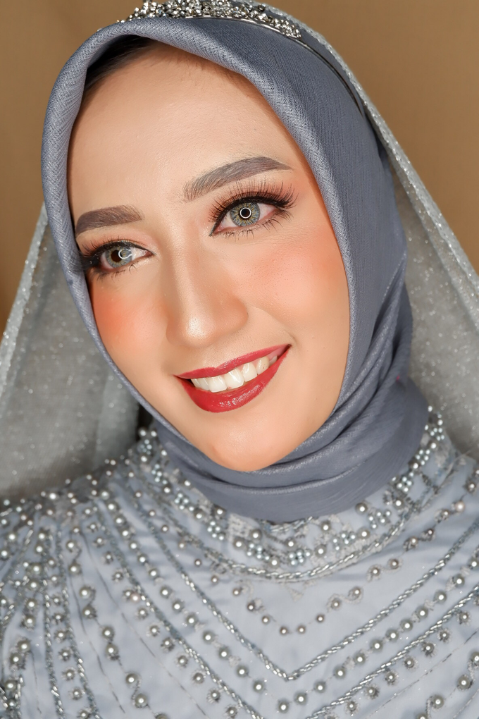 Makeup For  Reception  by Ells Makeup - 005