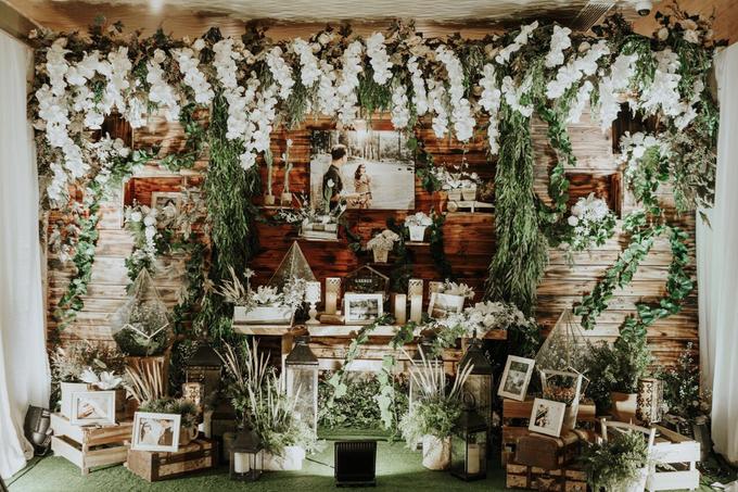 Rustic Wedding of Zikra & Ridha by Elsie Chrysila Brides - 006