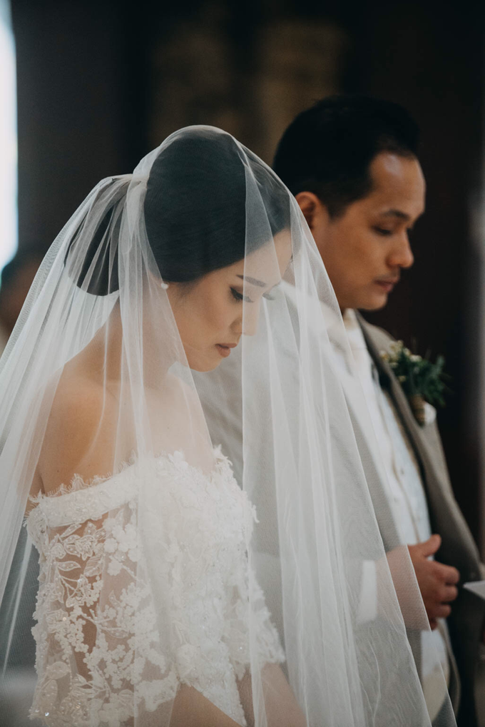 3 in 1 Look Raissa & Daniel Bali Wedding by Elsie Chrysila Brides - 007