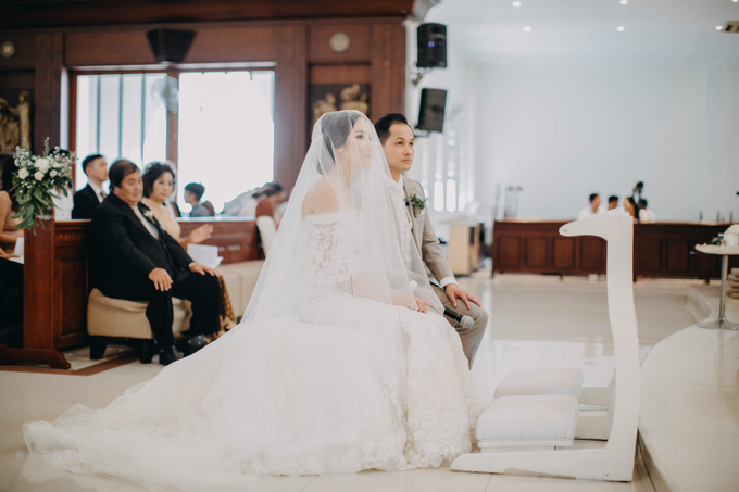 3 in 1 Look Raissa & Daniel Bali Wedding by Elsie Chrysila Brides - 008
