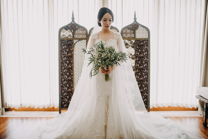 3 in 1 Look Raissa & Daniel Bali Wedding by Elsie Chrysila Brides - 016