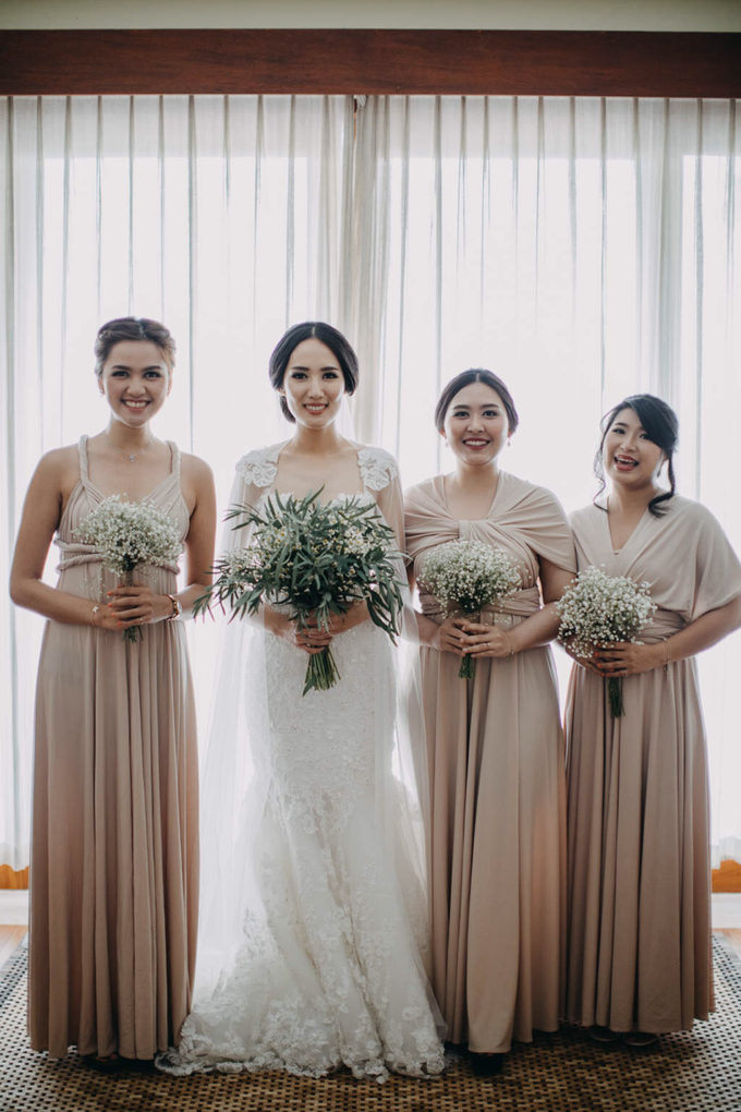 3 in 1 Look Raissa & Daniel Bali Wedding by Elsie Chrysila Brides - 018