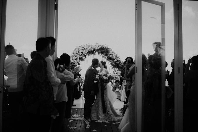 Bali Wedding - Banny & Blenda by Elsie Chrysila Brides - 019