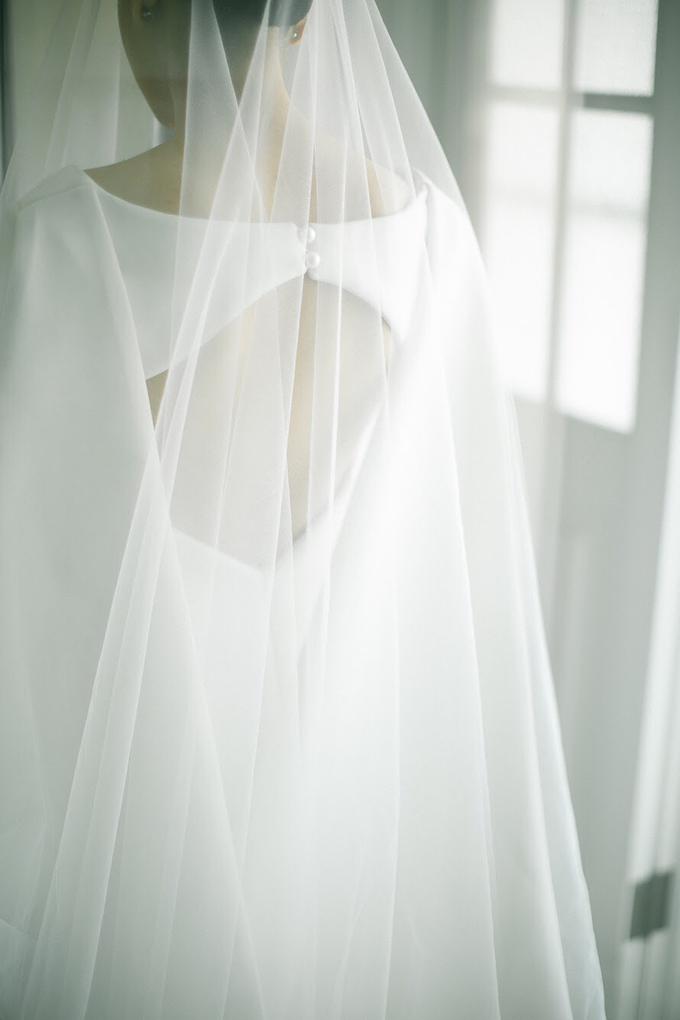 Classic White Wedding of Rio & Jess by Elsie Chrysila Brides - 009
