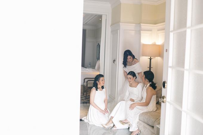 Classic White Wedding of Rio & Jess by Elsie Chrysila Brides - 021