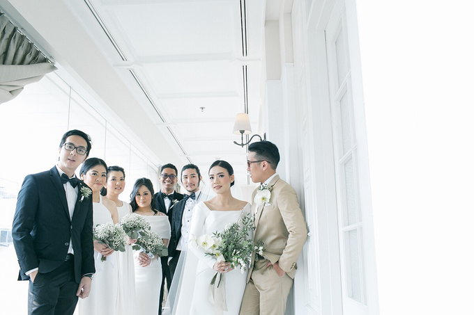 Classic White Wedding of Rio & Jess by Elsie Chrysila Brides - 025
