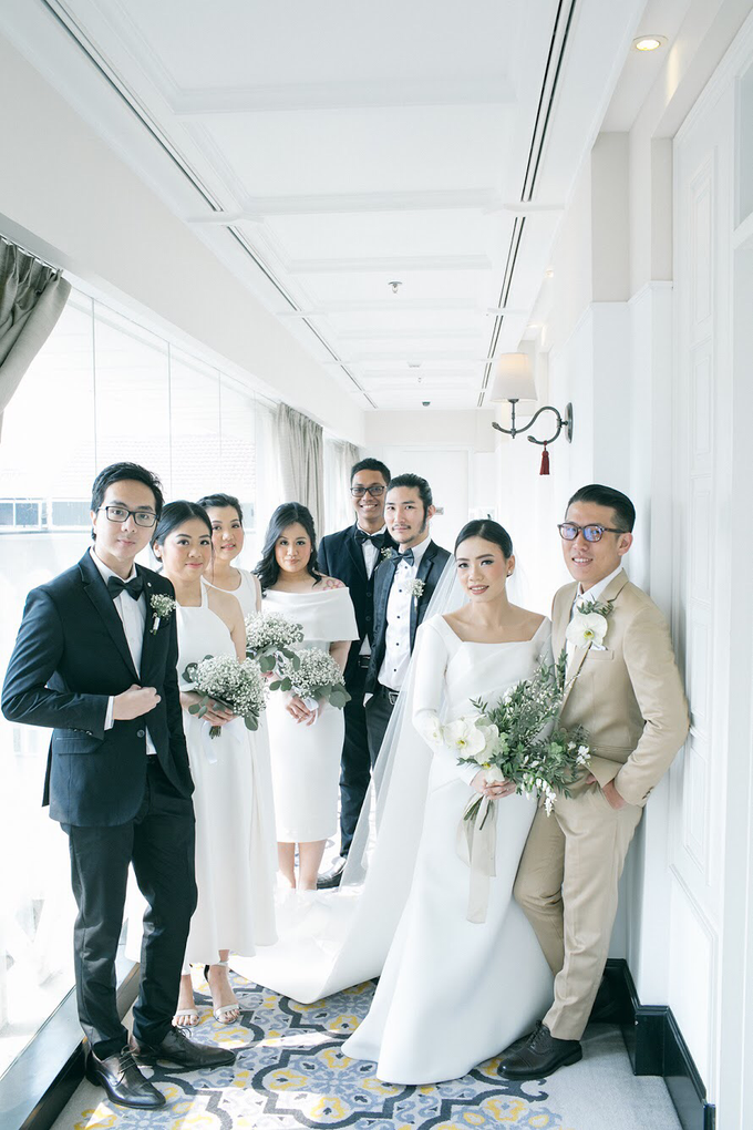 Classic White Wedding of Rio & Jess by Elsie Chrysila Brides - 026