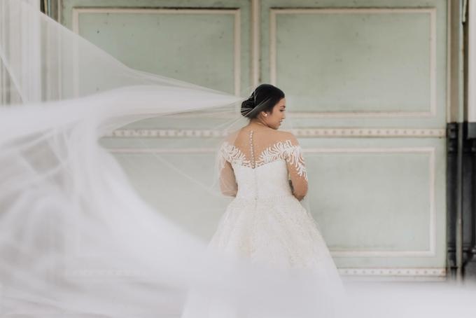 Bride Jacquelyn by Emil Ocampo Fashion House - 003