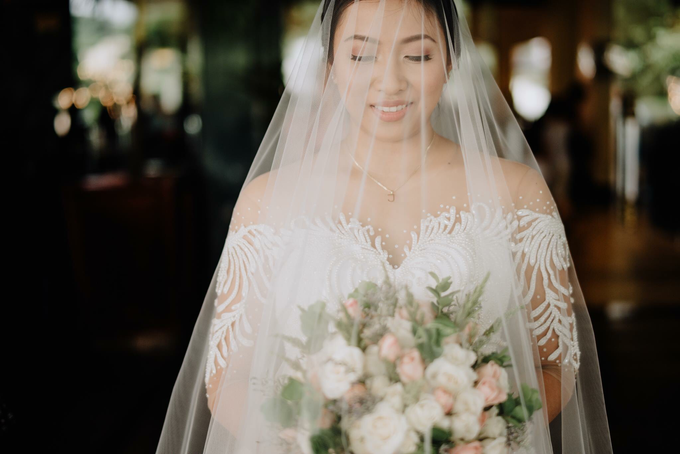 Bride Jacquelyn by Emil Ocampo Fashion House - 006