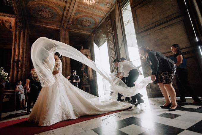 Bride Jacquelyn by Emil Ocampo Fashion House - 007