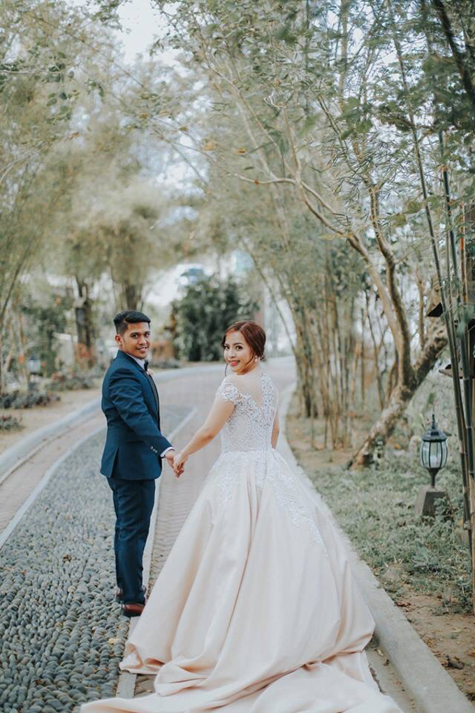 Bride Blessie by Emil Ocampo Fashion House - 007