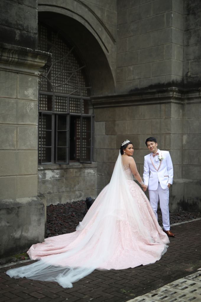 Erizalyn and Zed by Emil Ocampo Fashion House - 007