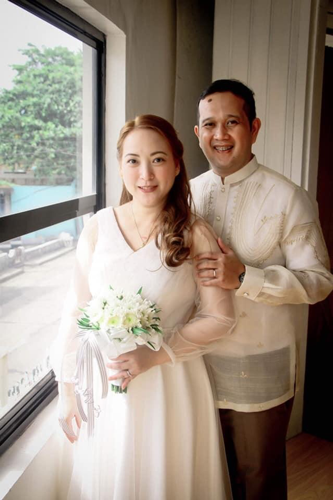 Intimate wedding for Warren and Sarah by Emil Ocampo Fashion House - 001