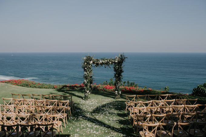 Lisa & Alessio Wedding by THE UNGASAN CLIFFTOP RESORT BALI - 005