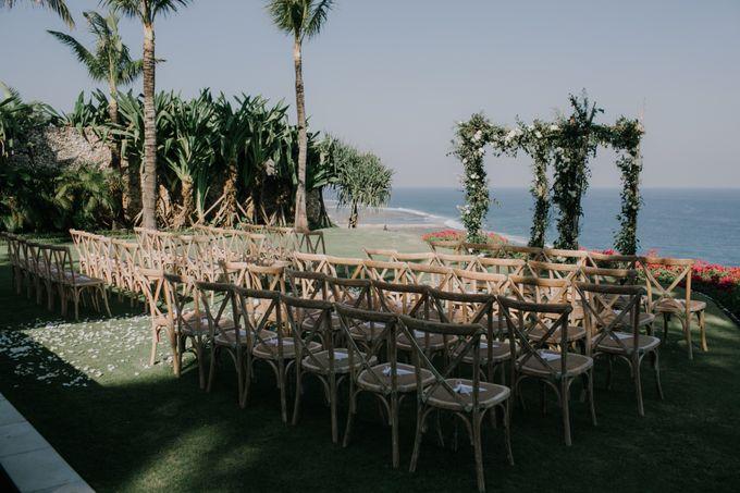 Lisa & Alessio Wedding by THE UNGASAN CLIFFTOP RESORT BALI - 006