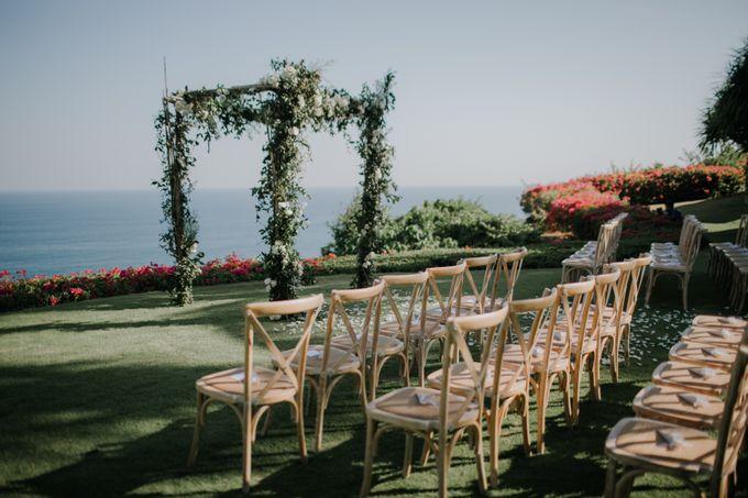 Lisa & Alessio Wedding by THE UNGASAN CLIFFTOP RESORT BALI - 010