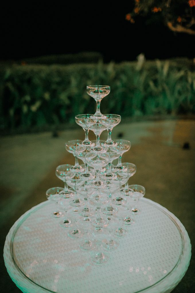 Lisa & Alessio Wedding by THE UNGASAN CLIFFTOP RESORT BALI - 022