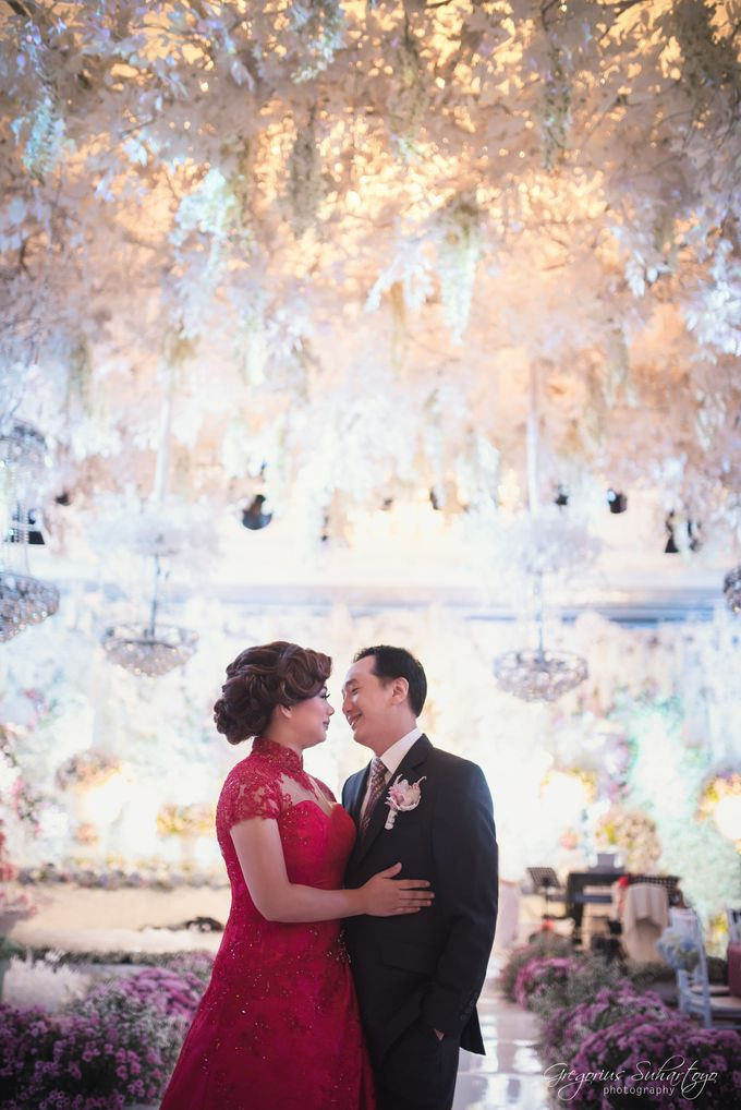 Floral Engagement of Han & Marlyn by Gregorius Suhartoyo Photography - 036
