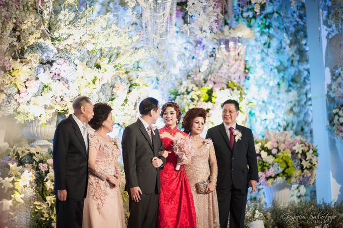 Floral Engagement of Han & Marlyn by Gregorius Suhartoyo Photography - 040