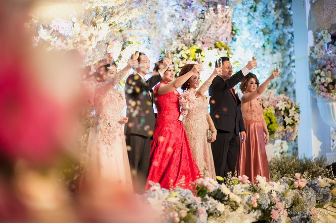 Floral Engagement of Han & Marlyn by Gregorius Suhartoyo Photography - 041