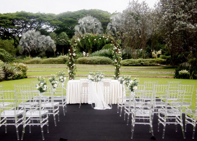A Rustic Botanical Wedding at Hort Park by Manna Pot Catering - 001